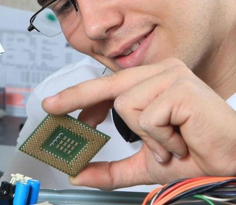 Elektroniker/in – Geräte und Systeme