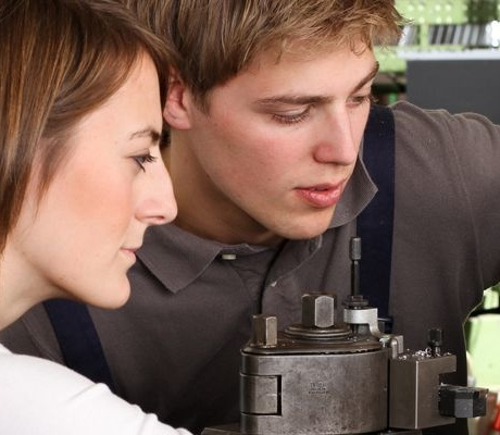 Produktionstechnik – Duales Studium (Bachelor of Engineering)
