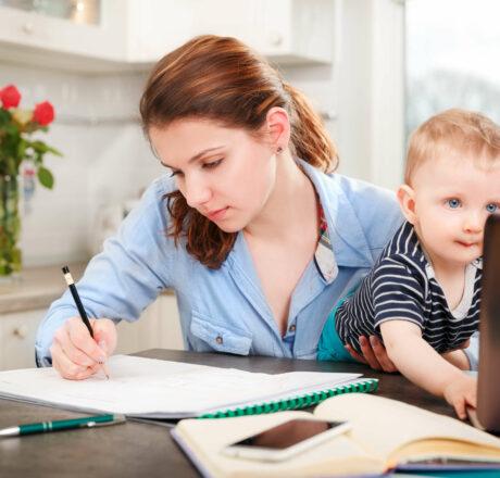 Ausbildung mit Kind – was gibt es zu beachten?