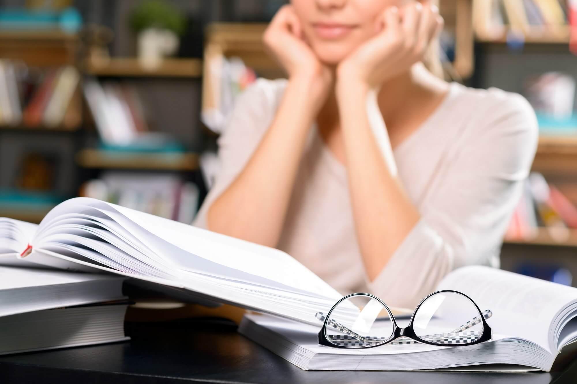 Studieren nach der Ausbildung? Erklimme die Karriereleiter!